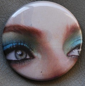 makeup button, eye button, face button